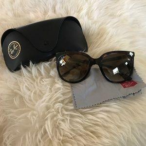 Ray Ban Women's Vintage Sunglasses